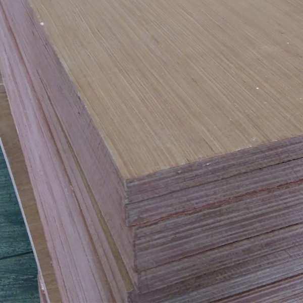 Hardwood Faced Plywood 12mm
